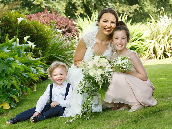 bride-and-children