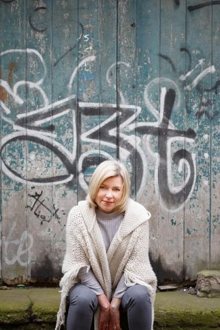 writers headshots Cork - Danielle McLoughlin author -