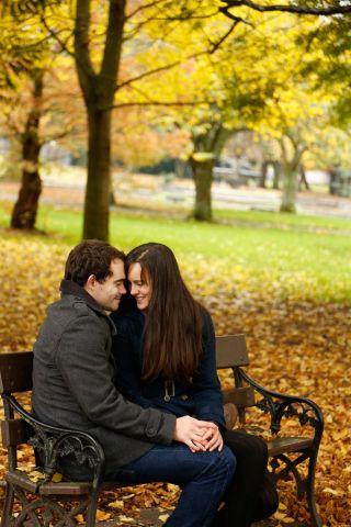 portrait photographer - romantic gift idea - Fitzgearld park for portraits