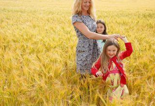 Irish child photograprapher - portraits in the landscape - fields of gold