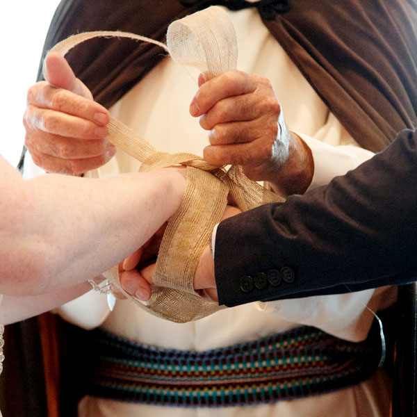 hand fasting at a wedding in the Clarion, Cork