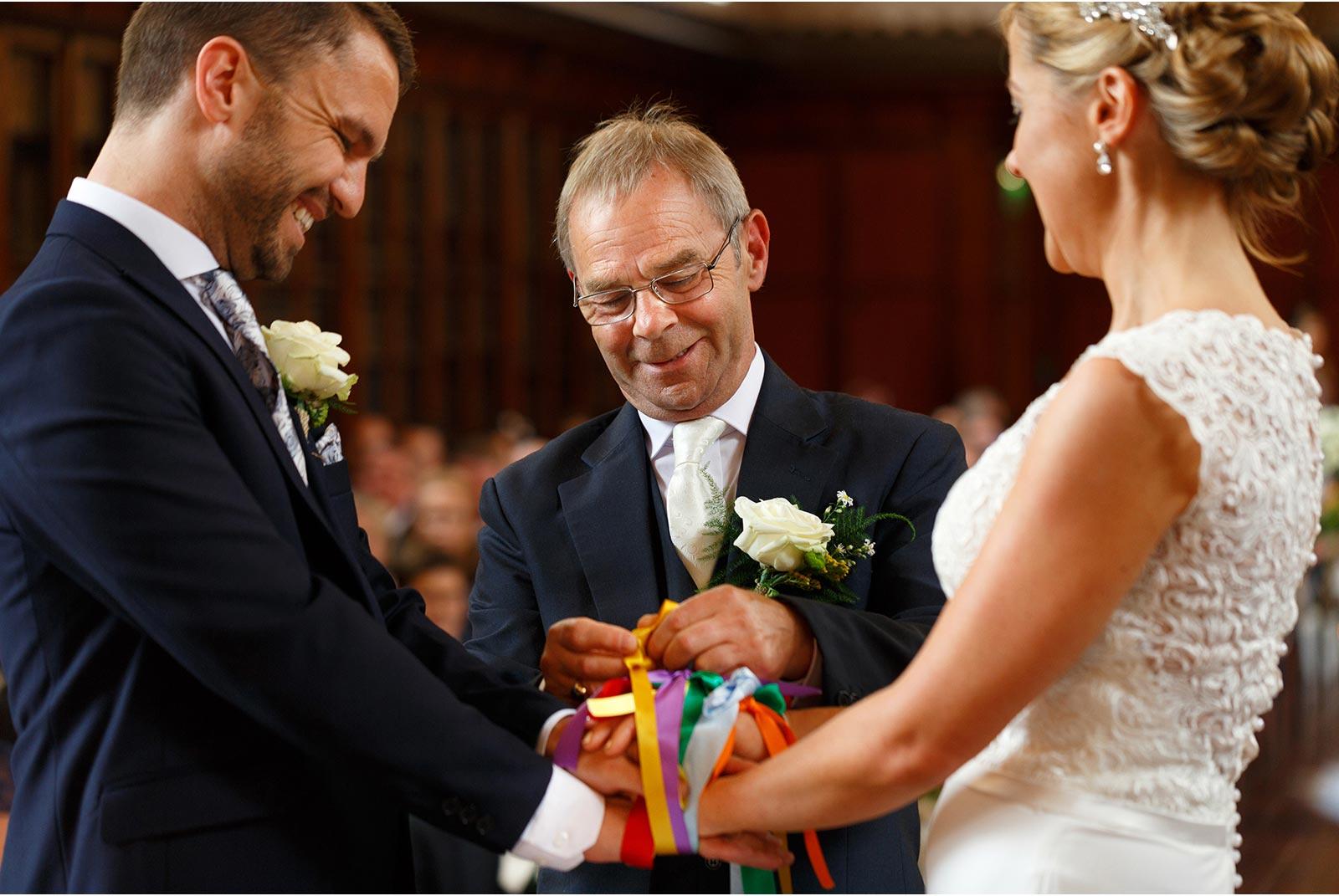 hand fasting, tying the knot, celtic wedding tradition, UCC, Aula Maxima, wedding cermony